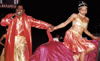Chutney Soca: mix of East Indian and African elements