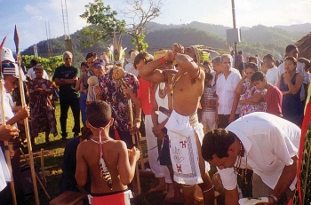 Revival of old customs: smoke ceremony