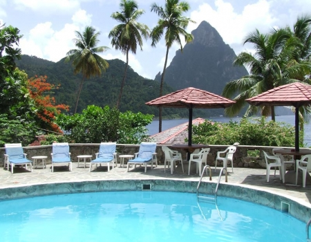 Beach Hotel with Pool and view to the Pitons
