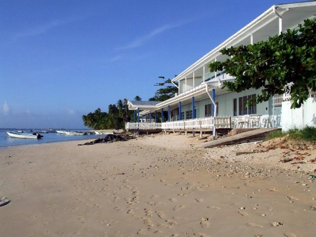 Small beach hotel in first class location