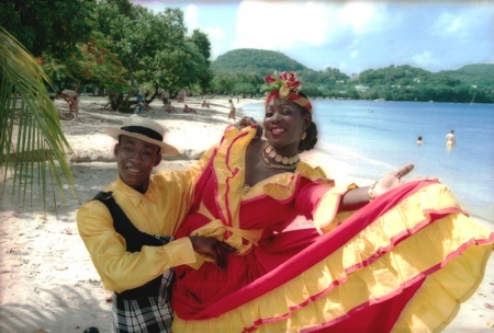 Martinique: dancers in traditional Creole costumes
